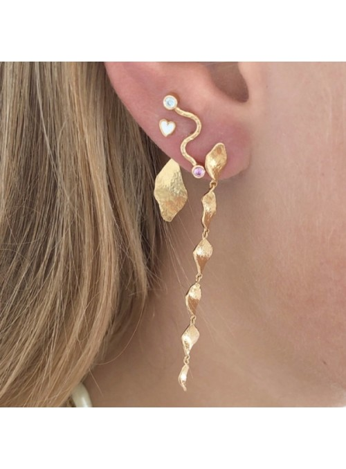 Stine A Big wave earring with pastel pink & blue stones